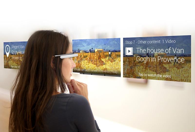 okosszemüveg a múzeumban